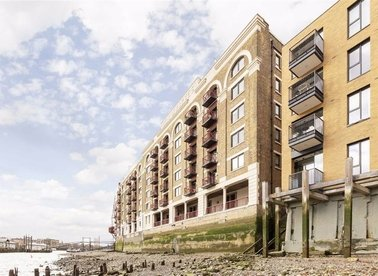 Properties for sale in Wapping High Street - E1W 2NJ view1