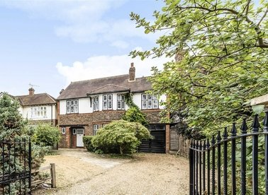 Properties for sale in Wensleydale Road - TW12 2LT view1