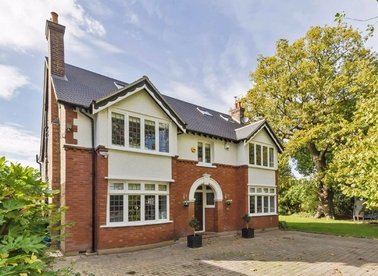 Properties for sale in Wensleydale Road - TW12 2LP view1