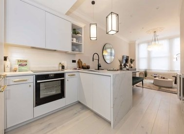 Properties for sale in Werter Road - SW15 2LJ view1