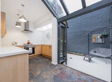 Properties for sale in White Lion Street - N1 9PP view1
