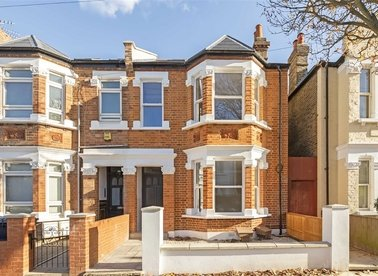 Properties for sale in Willcott Road - W3 9QX view1