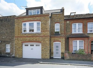 Properties for sale in Windsor Road - TW9 2EJ view1