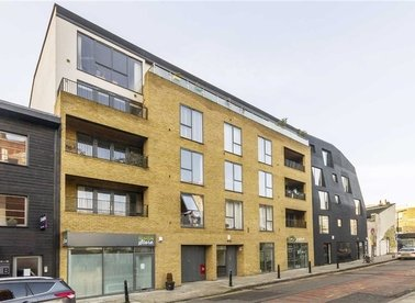 Properties let in Ada Street - E8 4QU view1
