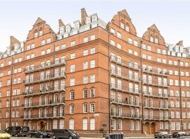 Properties to let in Albert Hall Mansions - SW7 2AG view1