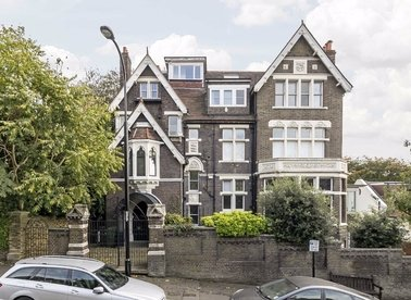 Properties to let in Arkwright Road - NW3 6AA view1