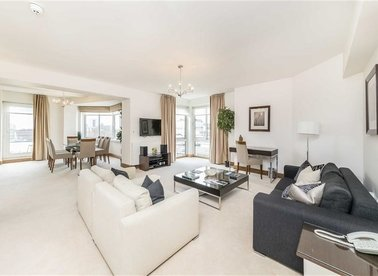 Properties to let in Arlington Street - SW1A 1RL view1