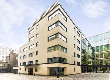 2 Bedrooms 2 Bathrooms short let flat to rent in Babmaes Street - SW1Y 6HD view1