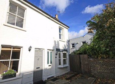 Properties to let in Beatrice Road - TW10 6DT view1