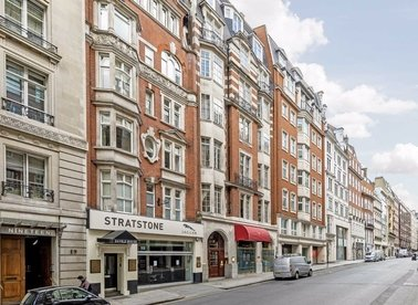 Properties to let in Berkeley Street - W1J 8EA view1