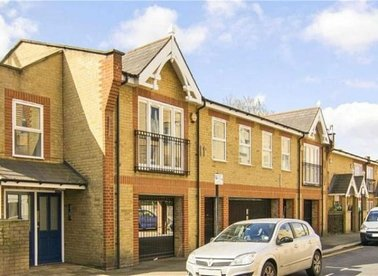 Properties let in Bocking Street - E8 3GL view1