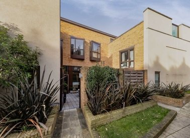 Properties to let in Boundary Road - NW8 0RH view1