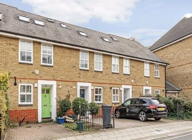 Properties let in Bridge Street - W4 5UF view1
