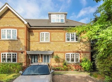 Brunswick Close, Twickenham, TW2