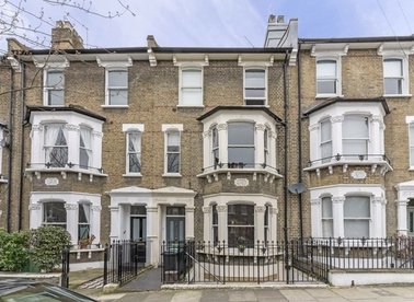 Properties to let in Burghley Road - NW5 1UH view1
