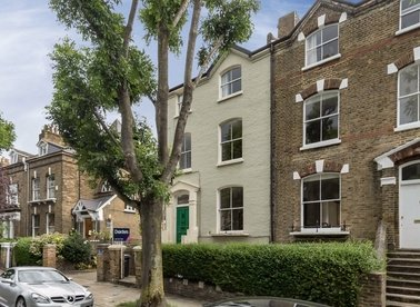 Properties to let in Burghley Road - NW5 1UE view1