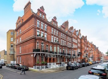 Properties to let in Cadogan Square - SW1X 0EA view1