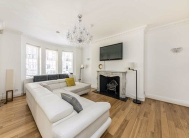 Properties to let in Chapel Street - SW1X 7DD view1