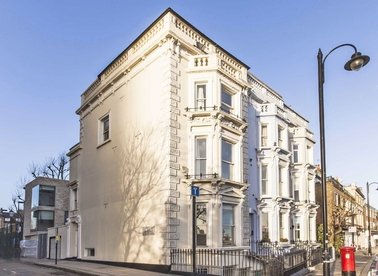 Properties to let in Cheyne Walk - SW10 0ES view1