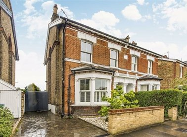 Properties let in Church Road - TW11 8EY view1