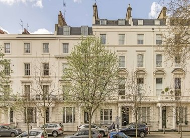 Properties to let in Clifton Gardens - W9 1DT view1