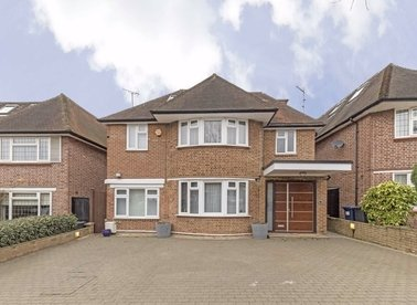Properties let in Connaught Drive - NW11 6BL view1
