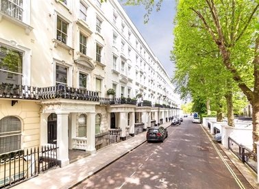 Properties let in Craven Hill Gardens - W2 3EE view1