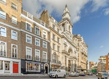 Properties to let in Curzon Street - W1J 5HQ view1
