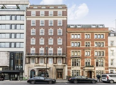 Properties to let in Curzon Street - W1J 7TU view1