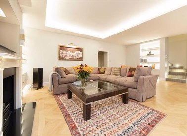 Properties to let in Devonshire Place - W1G 6HS view1