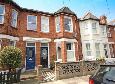 Properties to let in Duncan Road - TW9 2JD view1
