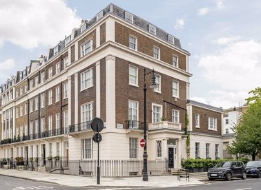 Properties to let in Eaton Place - SW1X 8AF view1