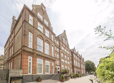 Properties to let in Ecclesbourne Road - N1 3GG view1