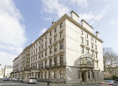 Properties to let in Ennismore Gardens - SW7 1NL view1