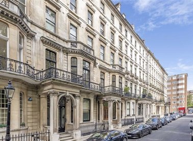 Properties to let in Ennismore Gardens - SW7 1AA view1