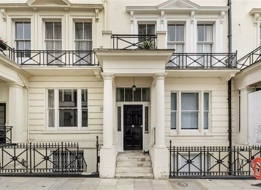 Properties let in Ennismore Gardens - SW7 1AQ view1