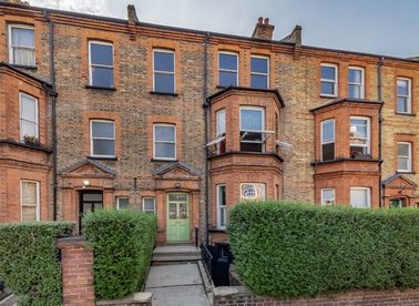 2 Bedrooms 1 Bathrooms short let flat to rent in Essendine Road - W9 2LT view1