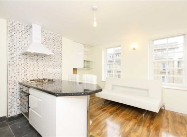 Properties to let in Essex Road - N1 8LN view1