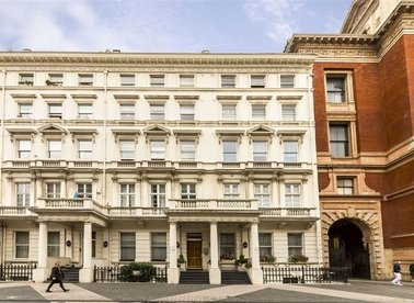 Properties to let in Exhibition Road - SW7 2PA view1