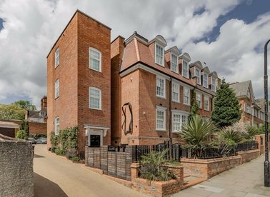 Properties let in Frognal - NW3 6YA view1