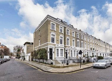 Properties to let in Glebe Place - SW3 5LD view1