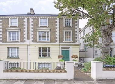 3 Bedrooms 4 Bathrooms short let flat to rent in Gloucester Avenue - NW1 7BA view1