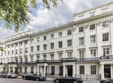 Properties to let in Gloucester Square - W2 2TQ view1