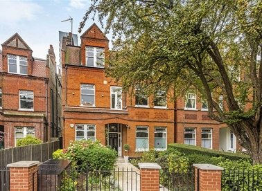 Properties to let in Goldhurst Terrace - NW6 3EP view1