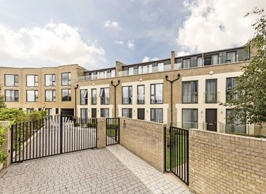 Properties to let in Gunnersbury Mews - W4 4BF view1
