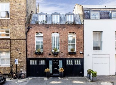 Properties to let in Hays Mews - W1J 5PU view1