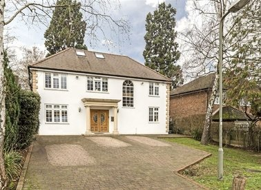 Properties to let in Henley Drive - KT2 7EB view1