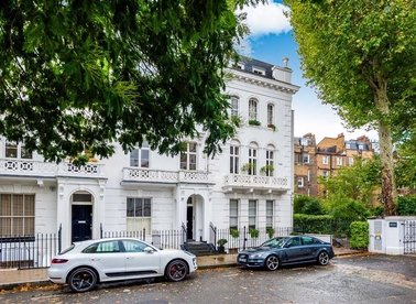 Properties to let in Hereford Square - SW7 4TT view1
