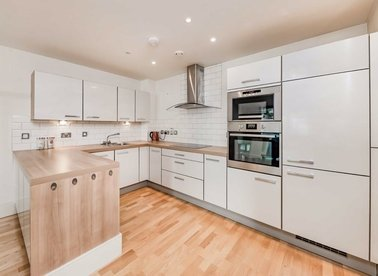 Properties let in Highbury Stadium Square - N5 1FD view1