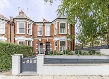 Properties to let in Highlever Road - W10 6PS view1